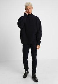 Tiger of Sweden Jeans - EVOLVE - Jeans slim fit - soaked - 1