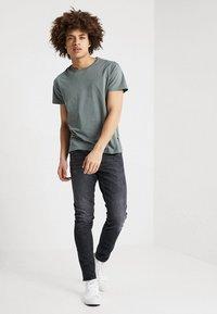 Tiger of Sweden Jeans - EVOLVE - Slim fit -farkut - glimpse - 1