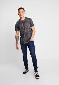 Tiger of Sweden Jeans - EVOLVE - Jeans Skinny Fit - charm - 1