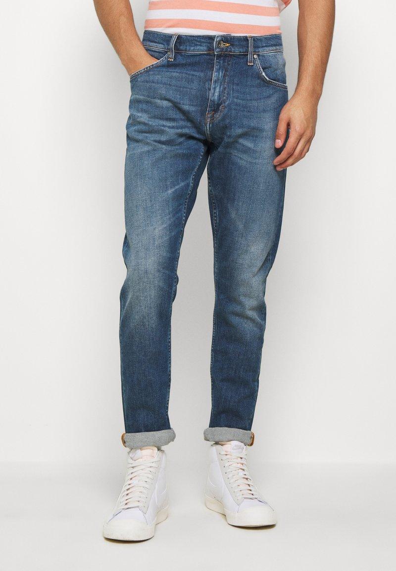Tiger of Sweden Jeans - PISTOLERO - Slim fit jeans - royal blue
