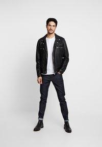 Tiger of Sweden Jeans - EVOLVE - Slim fit jeans - midnight blue - 1