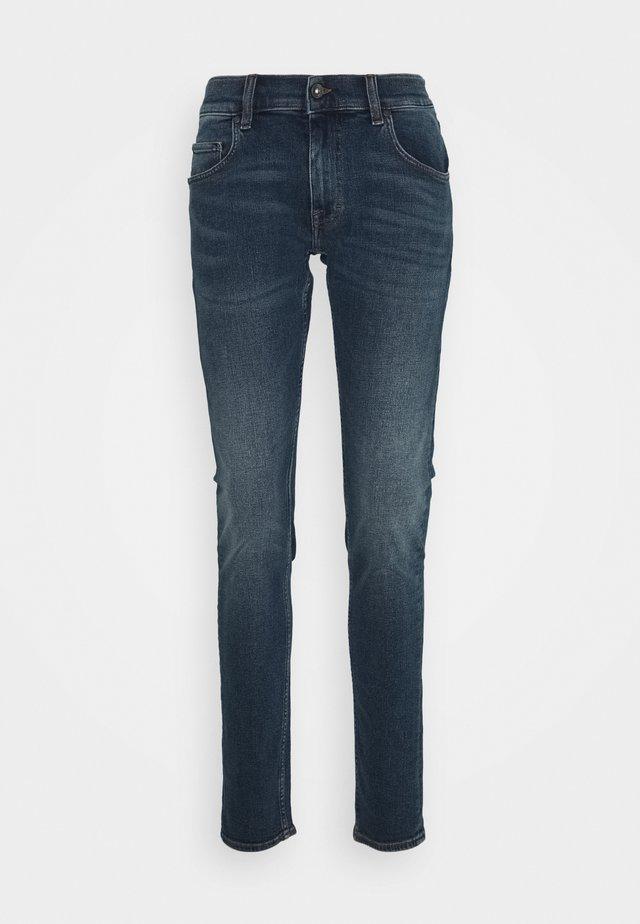 Slim fit jeans - super