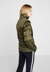 Toni Sailer - NELE SPLENDID - Ski jacket - golden green - 3