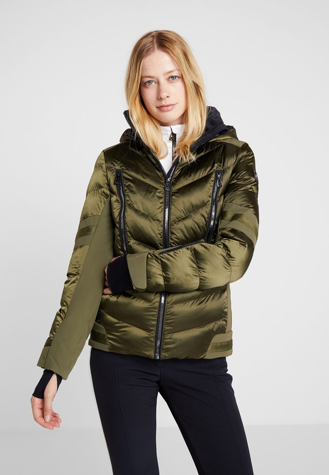 NELE SPLENDID - Ski jacket - golden green