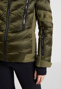 Toni Sailer - NELE SPLENDID - Ski jacket - golden green - 4
