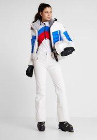 Toni Sailer - ROSALIE - Fleecepullover - white/red/blue - 1