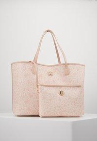 Tous - KAOS MINI TOTE BAG - Bolso shopping - rosa - 5