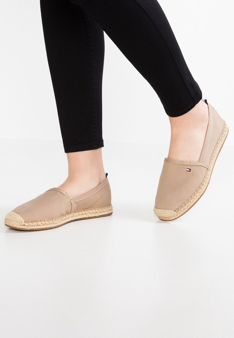Tommy Hilfiger - RANA  - Espadrille - taupe