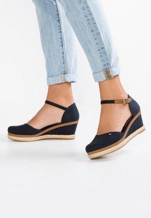 ICONIC ELBA BASIC CLOSED TOE - Platform heels - dark blue