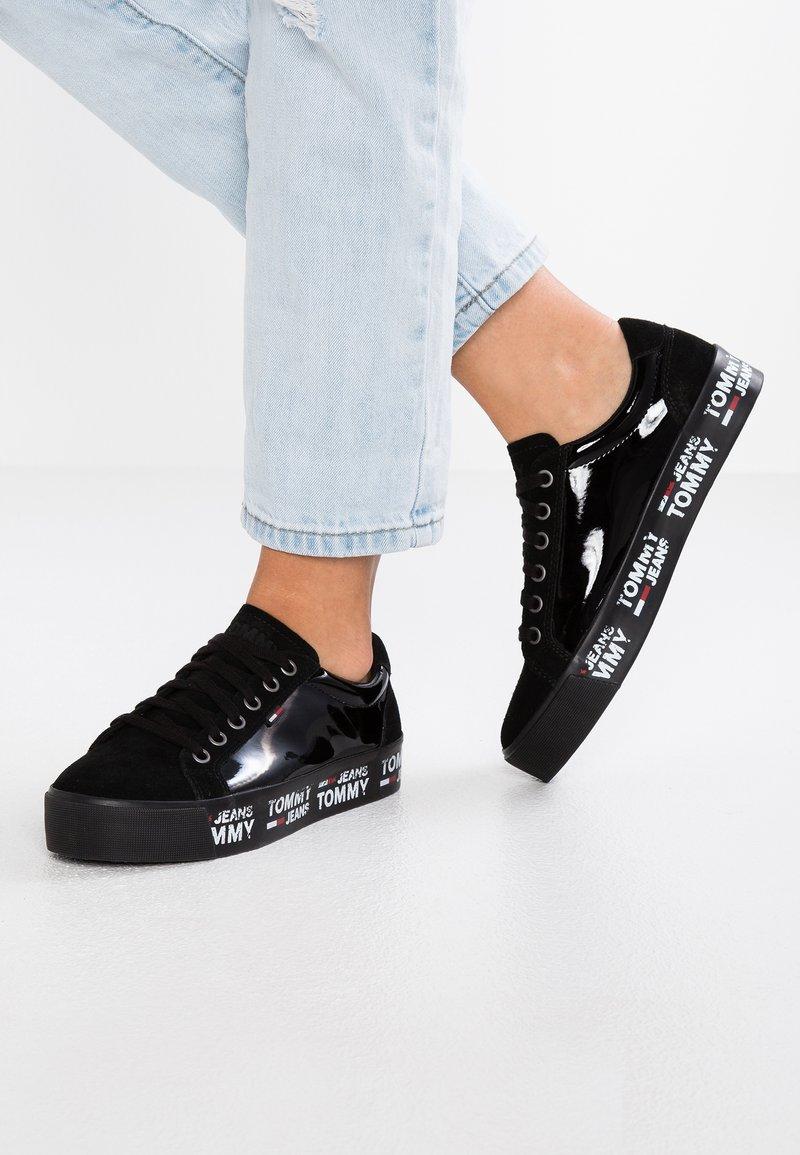 Tommy Jeans - CITY - Baskets basses - black