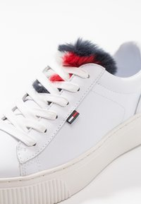 Tommy Jeans - FUNNY STAR  - Baskets basses - white - 2