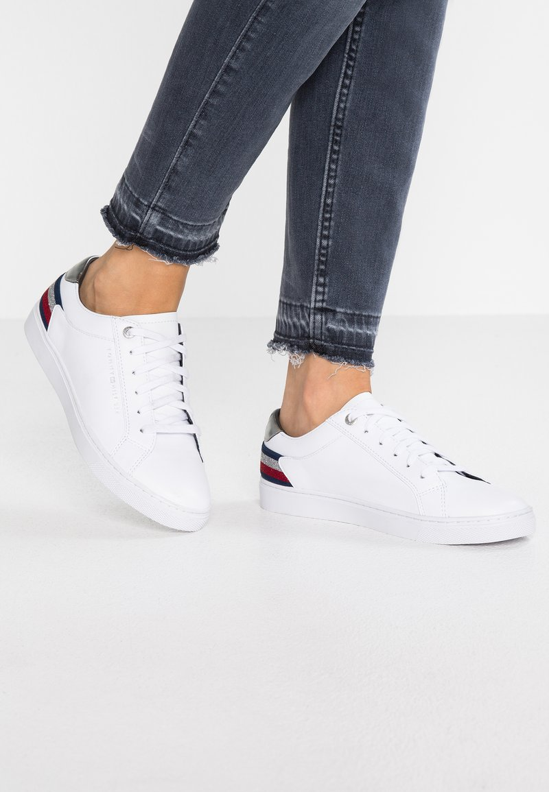 Tommy Hilfiger - ESSENTIAL - Sneaker low - white