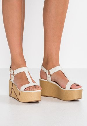ELEVATED FLATFORM - High heeled sandals - white