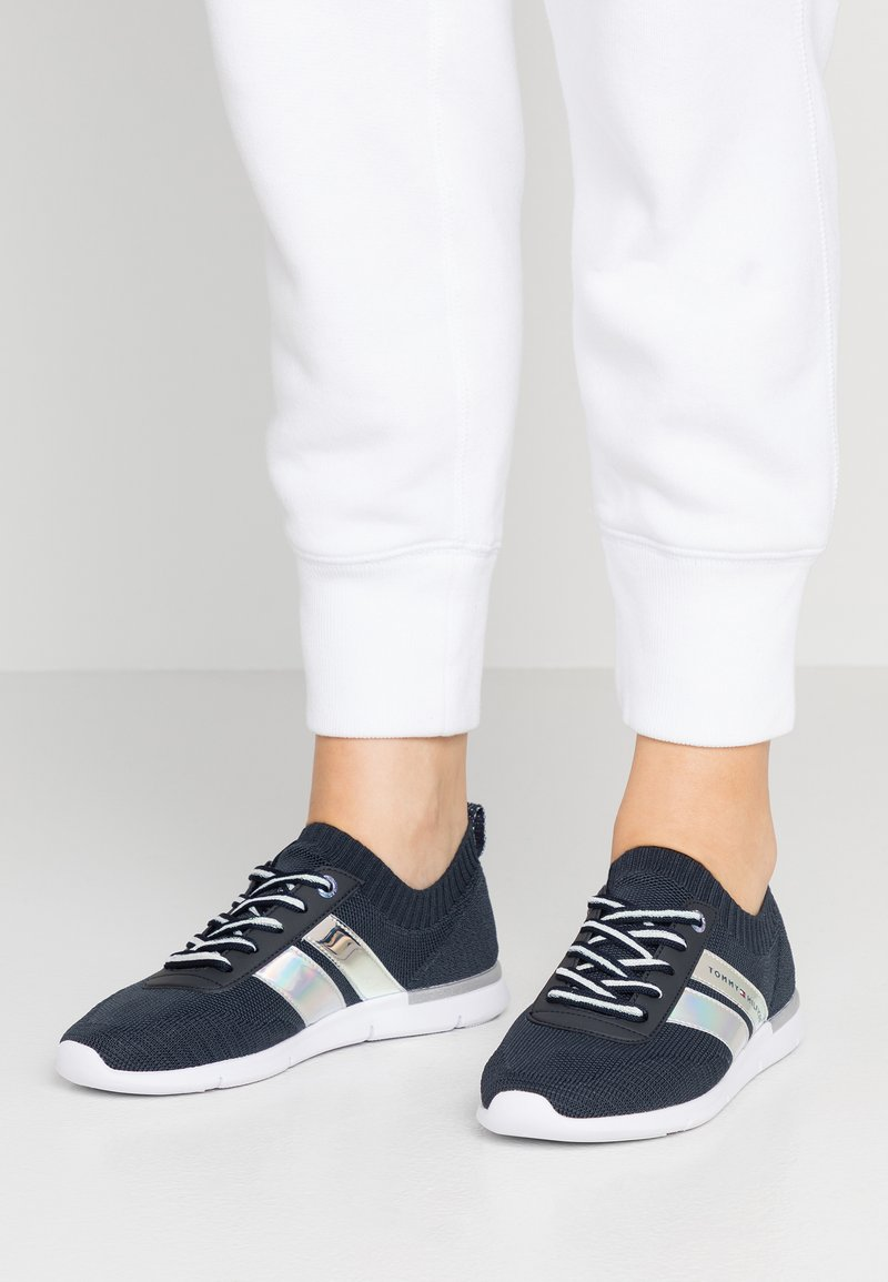Tommy Hilfiger - CORPORATE DETAIL LIGHT  - Trainers - blue