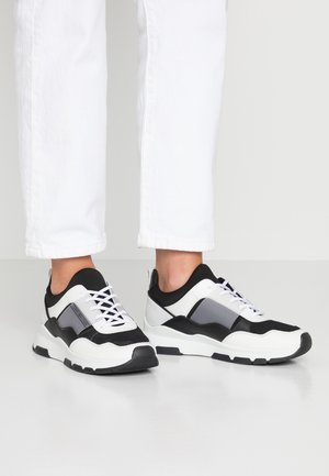 LIFESTYLE - Trainers - white