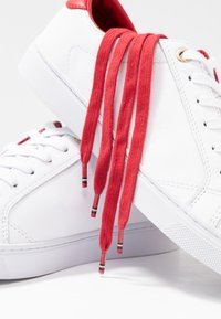 Tommy Hilfiger - TOMMY LACE UP CASUAL  - Trainers - white - 7