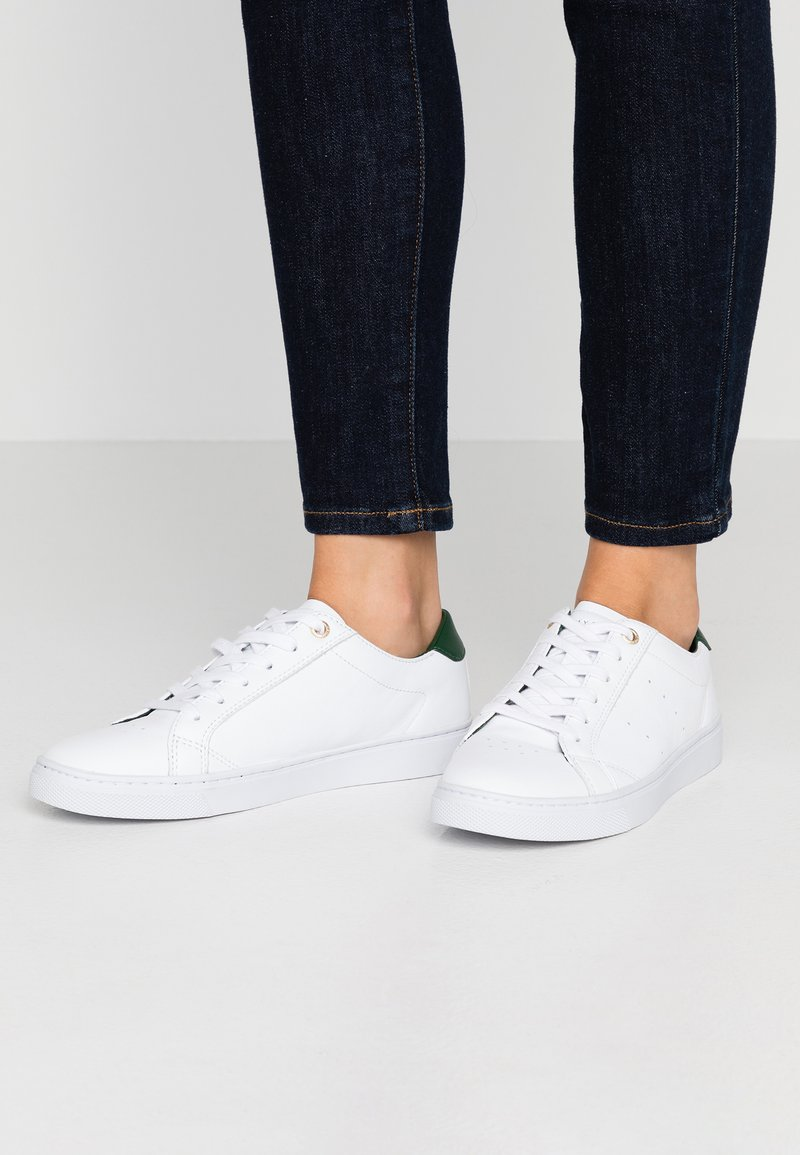 Tommy Hilfiger - TOMMY LACE UP CASUAL  - Trainers - white