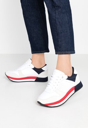 ACTIVE CITY - Sneaker low - red