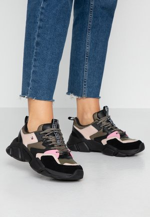 COSY CHUNKY - Sneakers laag - grey