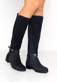 Tommy Hilfiger - TH HARDWARE MIX LONGBOOT - Boots - blue - 0