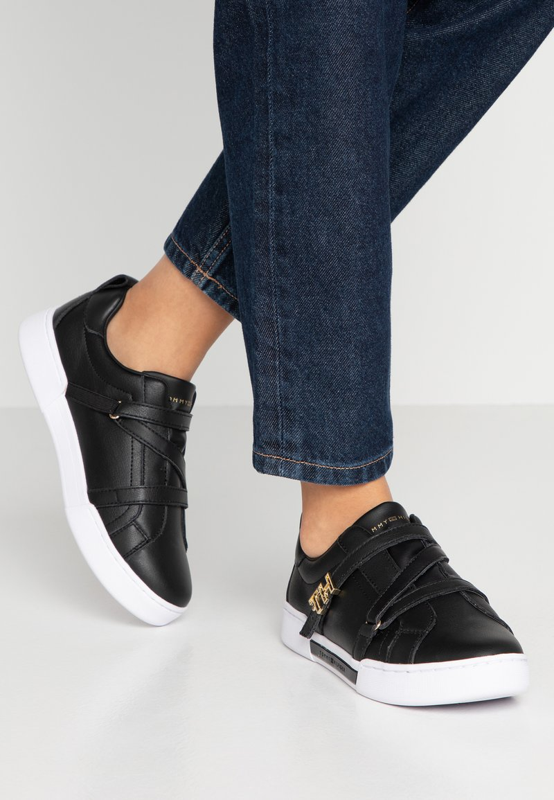 Tommy Hilfiger - BRANDED TH HARDWARE  - Trainers - black