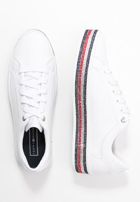 Tommy Hilfiger - TOMMY JEWELED SNEAKER - Trainers - white - 3