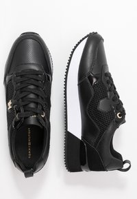Tommy Hilfiger - TOMMY DRESS CITY SNEAKER - Sneaker low - black - 3