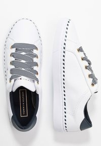 Tommy Hilfiger - NAUTICAL LACE UP SNEAKER - Trainers - white - 3