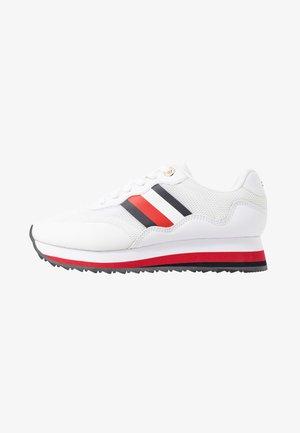 14C - Sneakersy niskie - white