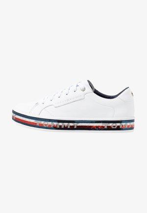 SEQUIN FOXING DRESS SNEAKER - Zapatillas - white