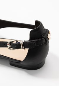 Tommy Hilfiger - FEMININE LEATHER BALLERINA - Ankle strap ballet pumps - black - 2