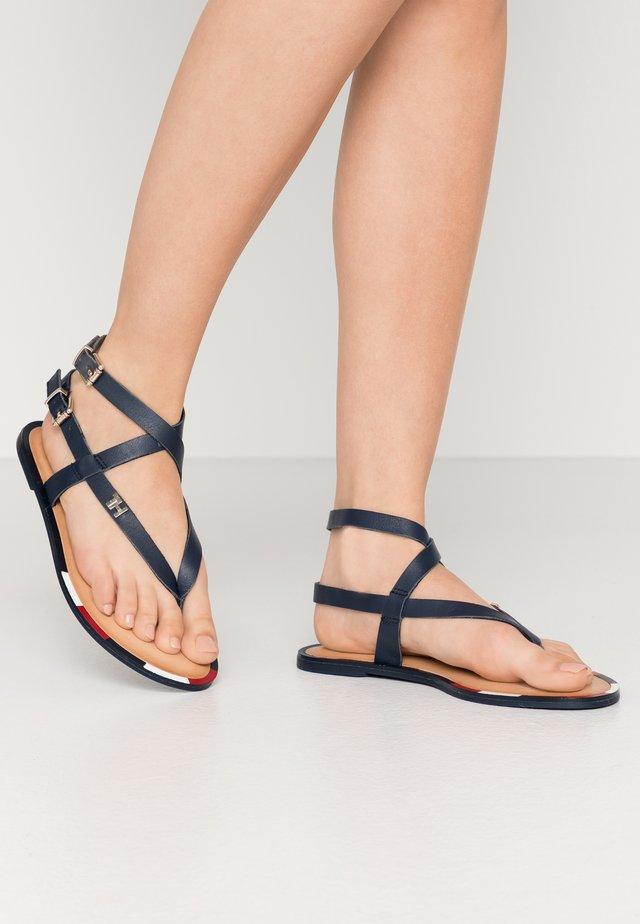 FEMININE ELASTIC FLAT SANDAL - T-bar sandals - sport navy