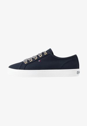 ESSENTIAL NAUTICAL SNEAKER - Sneakers basse - desert sky