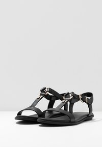 Tommy Hilfiger - FEMININE LEATHER FLAT SANDAL - Sandaler - black - 4