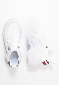 Tommy Hilfiger - NEW CHUNKY - Sneakers laag - white - 3
