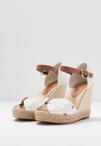 Tommy Hilfiger - BASIC OPENED TOE HIGH WEDGE - High heeled sandals - ivory - 4