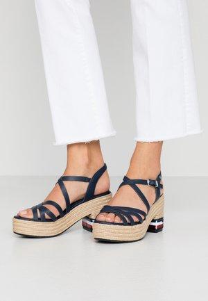 MACY  - Sandály na vysokém podpatku - sport navy