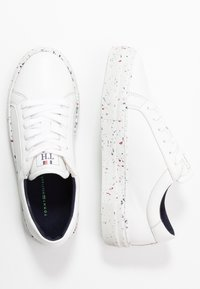 Tommy Hilfiger - SUSTAINABLE APPLESKIN SNEAKER - Sneakers laag - white - 3