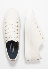 Tommy Hilfiger - BASIC - Trainers - ivory - 3