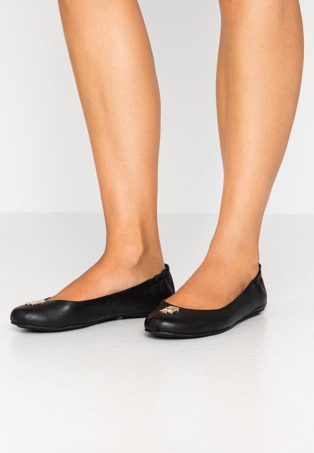 HARDWARE  - Ballet pumps - black