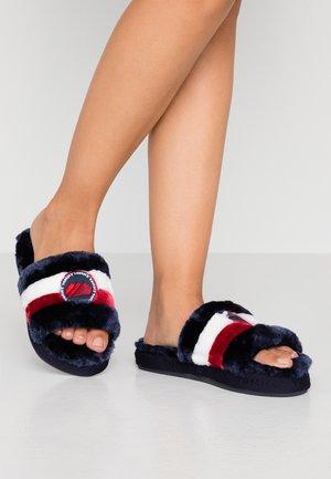 DOWNSLIPPER - Pantofole - red