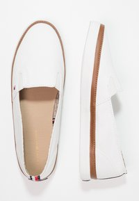 Tommy Hilfiger - ICONIC KESHA SLIP ON - Slip-ons - white - 2