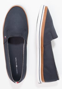 Tommy Hilfiger - ICONIC KESHA SLIP ON - Instappers - dark blue - 1