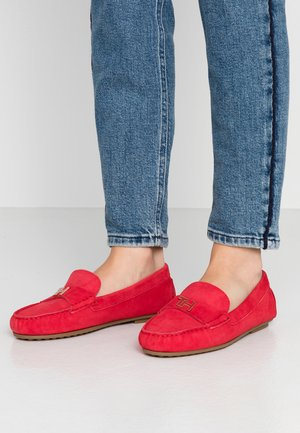 TH HARDWARE MOCASSIN - Moccasins - primary red