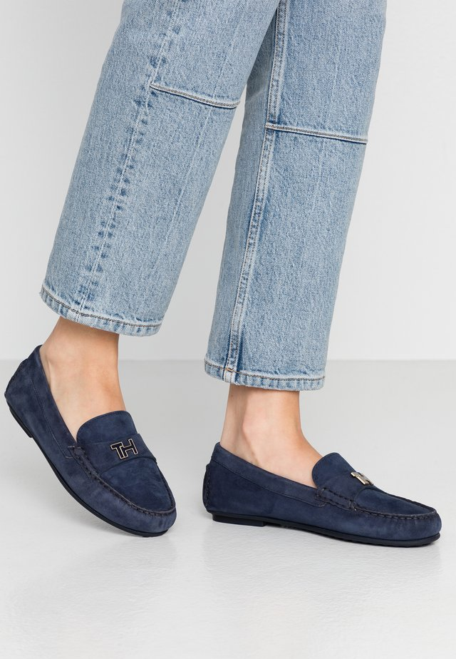 TH HARDWARE MOCASSIN - Mocassins - sport navy