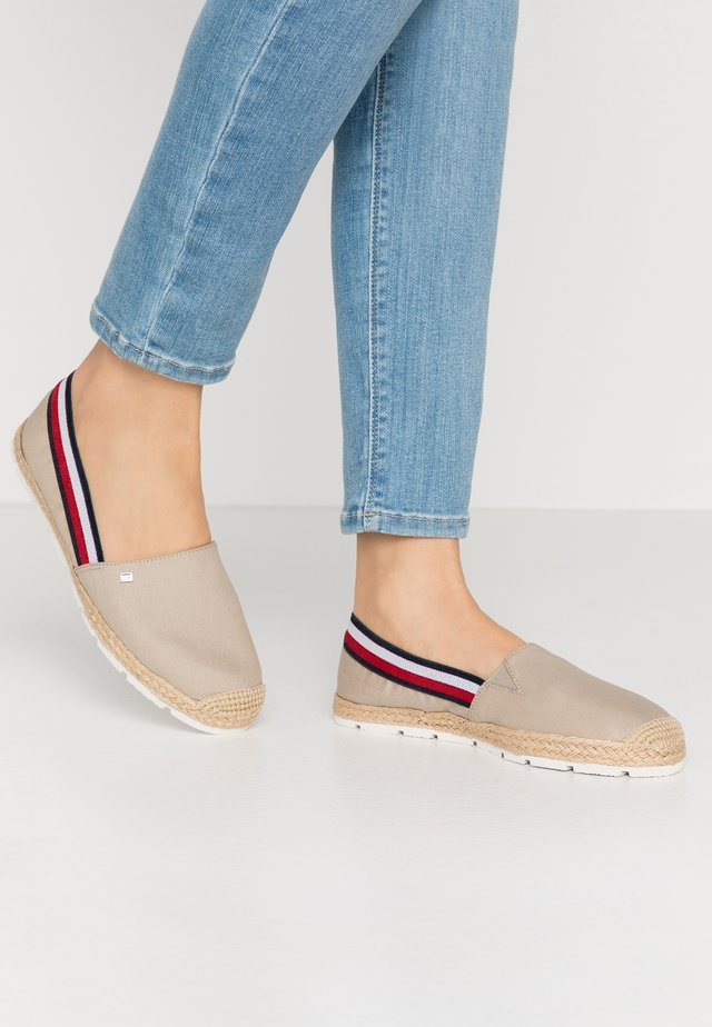 BASIC TOMMY CORPORATE ESPADRILLE - Espadrilles - stone