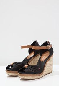 Tommy Hilfiger - ICONIC ELENA SANDAL - Sandaler med høye hæler - black - 3