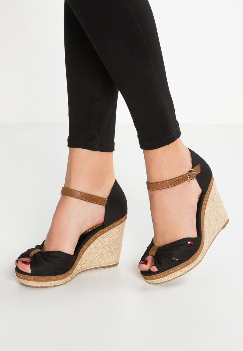 Tommy Hilfiger - ICONIC ELENA SANDAL - Sandaler med høye hæler - black