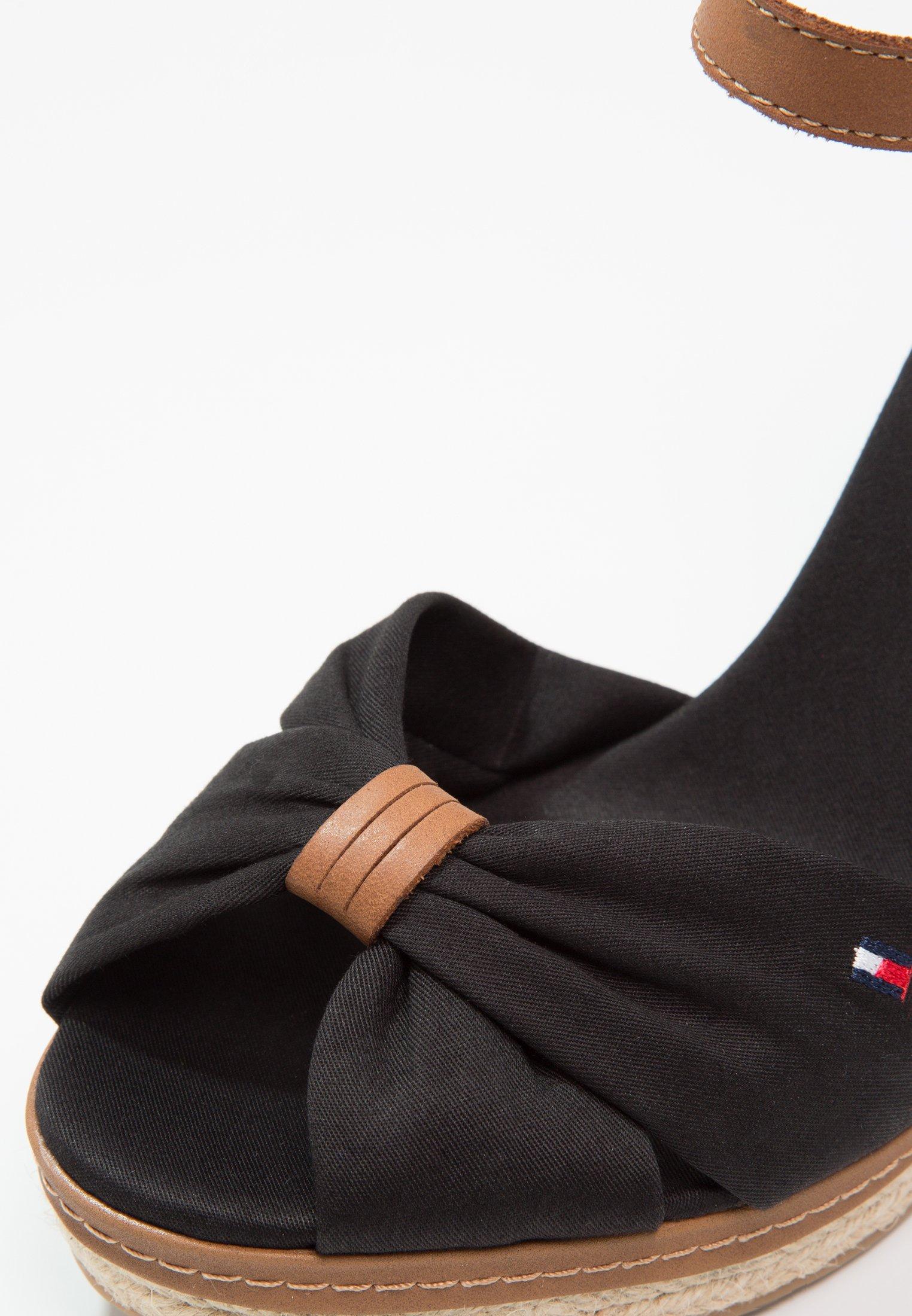 Tommy Hilfiger ICONIC ELENA SANDAL - Sandaletter - black