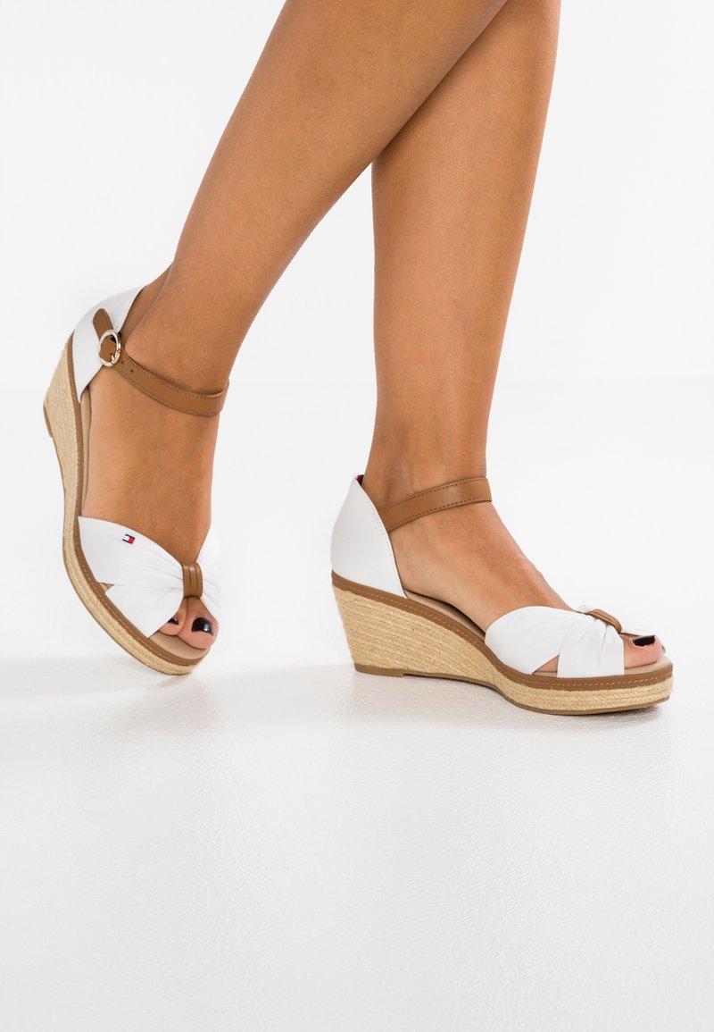 Tommy Hilfiger - ICONIC ELBA SANDAL - Platform sandals - white